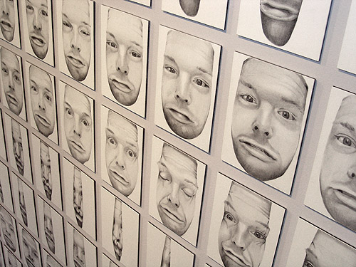 Scott Hutchison - Unseen - Funny Squished Portrait Animation in Graphite - Views